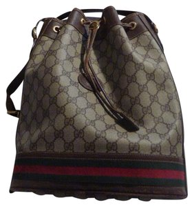 Gucci Drawstring Top Gold Hardware Accents Excellent Vintage Hobo Bag
