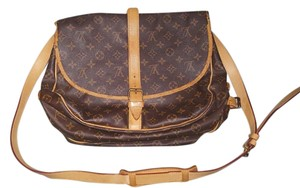 Louis Vuitton Leather Saumur Vintage Monogram Messenger Bag