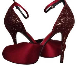 Nine West Sequin Sparkle Platform Red Wine/ dark red Platforms