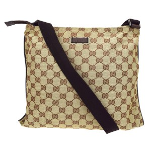 Gucci Tote Wallet Clutch Louis Vuitton Chanel Shoulder Bag