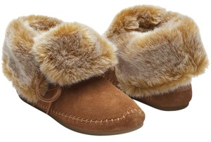 TOMS Shearling Chesnut Boots