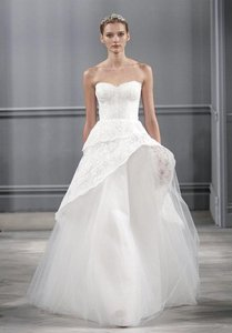 Monique Lhuillier Silk White Chantilly Lace and Tulle Azure Wedding Dress Size 6 (S)