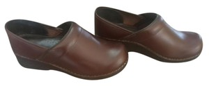 L.L.Bean Leather Comfortable brown Mules