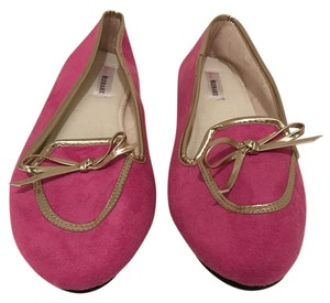 Isaac Mizrahi Gold Bow Loafers Pink Flats