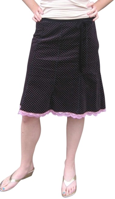 Preload https://img-static.tradesy.com/item/199648/forever-21-black-with-pink-skirt-size-10-m-31-0-1-650-650.jpg