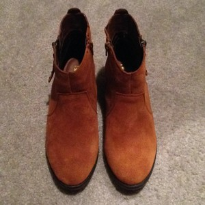 White Mountain Chestnut Boots