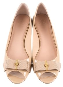 Tory Burch Patent Leather Hardware Beige, Gold Flats