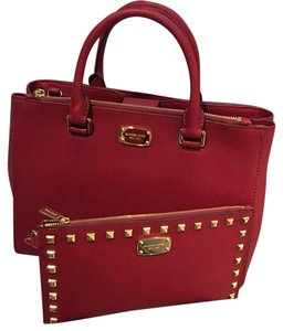Michael Kors Tote in Ruby Red