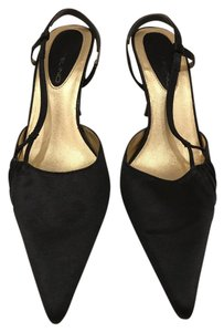 Bandolino Gold Pointed Toe Heels Black Mules