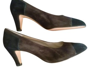 Salvatore Ferragamo Brown black Pumps