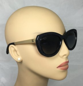 Chanel Beaute Fashionable Black w/Gold Arms Chanel Sunglasses 6046-Q c.622/S8 54