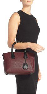 Michael Kors Campbell Medium Pebbled Leather / Satchel in Merlot / Black
