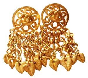 Chanel Chanel Vintage 18K Gold Plated Hemmered Dangle Clip on Earrings