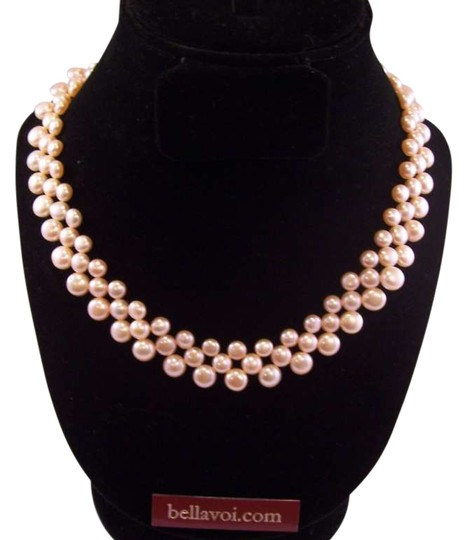 Preload https://img-static.tradesy.com/item/199687/pink-hand-made-pearl-necklace-0-0-540-540.jpg