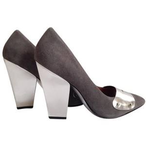 Sigerson Morrison Silver Forrest Suede And Leather Silver/Gray Pumps