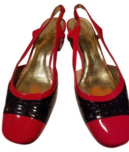 Marc by Marc Jacobs Red and navy Pumps