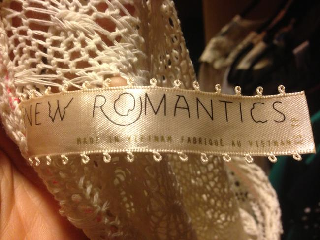 New Romantics Top White/Ivory