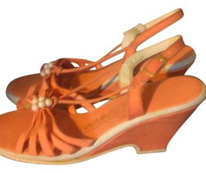 Naturalizer Orange Sandals
