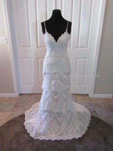 Essense Of Australia D2068 Wedding Dress