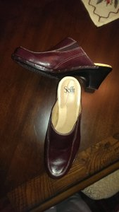 Sfft Sofft Leather Clog Size 10 Burgundy brown Mules