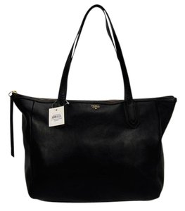 Fossil Leather Tote in Black
