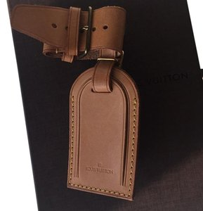 Louis Vuitton Louis Vuitton Powanie Leather And ID Tag