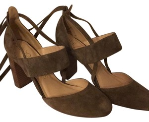 Sole Society Taupe Pumps