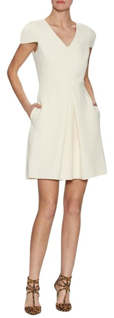Item - Ivory Quilted V-neck Cap Sleeve Above Knee Short Casual Dress Size 6 (S)