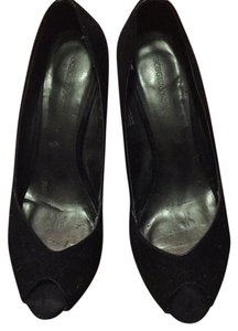 BCBGMAXAZRIA Black velvet Pumps