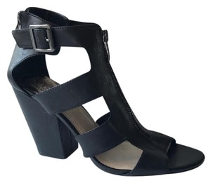 Vince Camuto Gladiator Strappy Black Sandals