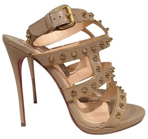 Christian Louboutin Sexystrapi Spike Chain Stiletto Leather beige Pumps