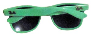 Ray-Ban NEW high UV protection, attractive green frame