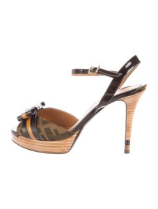 Fendi Zucca Brown Pumps