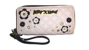 Betsey Johnson DOUBLE ZIP AROUND/ FLOWER APPLIQUES /QUILTED WALLET/