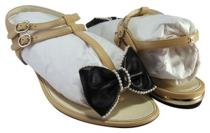 Chanel Flats Bow Pearl Black beige Sandals