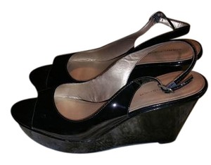 Marc Fisher Comfortable Black Sandals