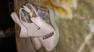 Jessica Simpson Pearl pink multi Wedges