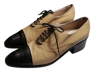 c361457932b Beige Chanel Flats - Up to 90% off at Tradesy