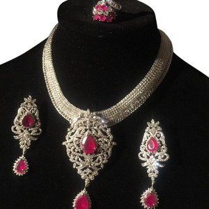 Design in iran Gorgeous Red Ruby Wthe Z. C Costume Jewelry.