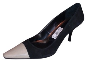 Calvin Klein Black/Bone Pumps