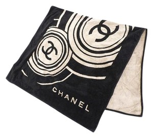 Chanel CC Logo Throw Blanket 210557