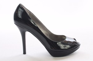Guess Patent Leather Black Pumps