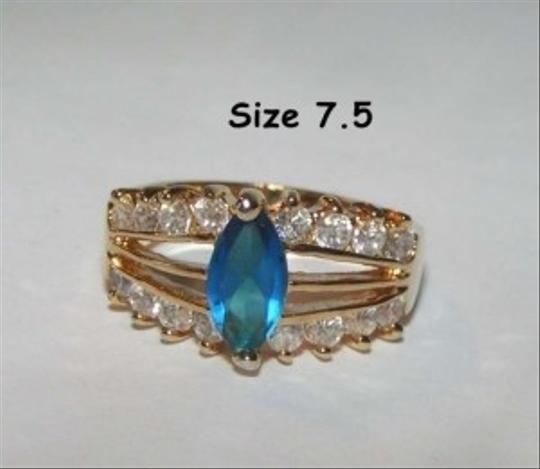 Preload https://item3.tradesy.com/images/unknown-sapphire-blue-fashion-ring-free-shipping-199797-0-0.jpg?width=440&height=440