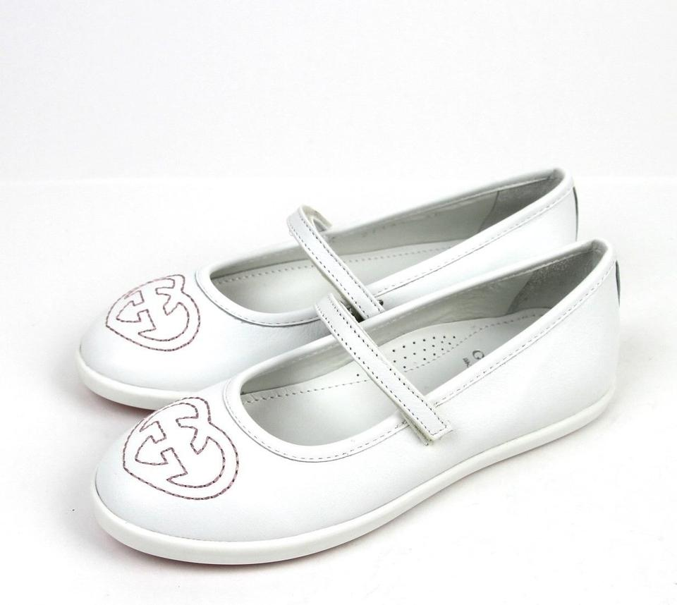 12d168406cb Gucci White Kids Leather Ballet Flat Interlocking G 33  Us 2 271319 Shoes