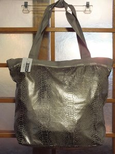 LeSportsac Tote in Magnetic Snake