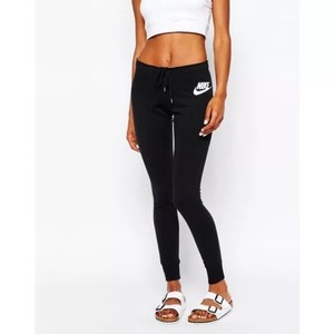 Nike Women's Nike Rally Tight Sweatpants Black Style/Color: 545769-013