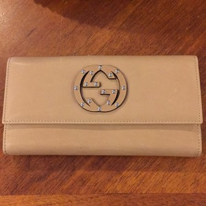 Gucci Soho Studded Wallet