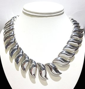 Tiffany & Co. VERY RARE TIFFANY & CO Elsa Peretti Sun Wave Sterling Silver Necklace 17
