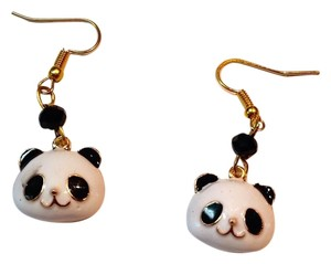 New Handmade Panda Earrings Black White j2994