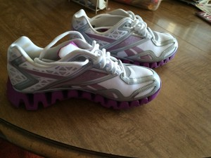 Reebok White Gray Purple Athletic